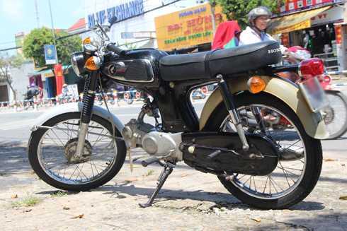 Honda 67 – mau xe 'vang bong mot thoi' xuat hien o Sai Gon hinh anh 2