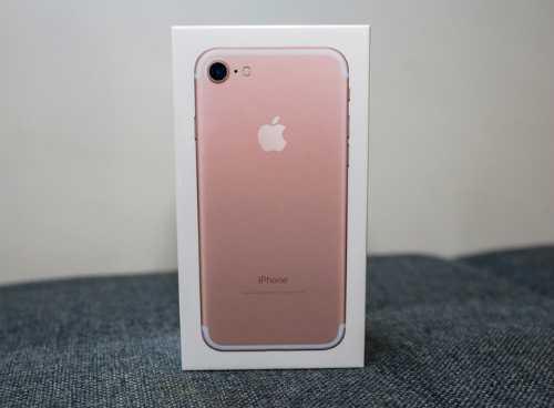 Ve Viet Nam, iPhone 7 tai Viet Nam bi day gia len hang chuc trieu hinh anh 1