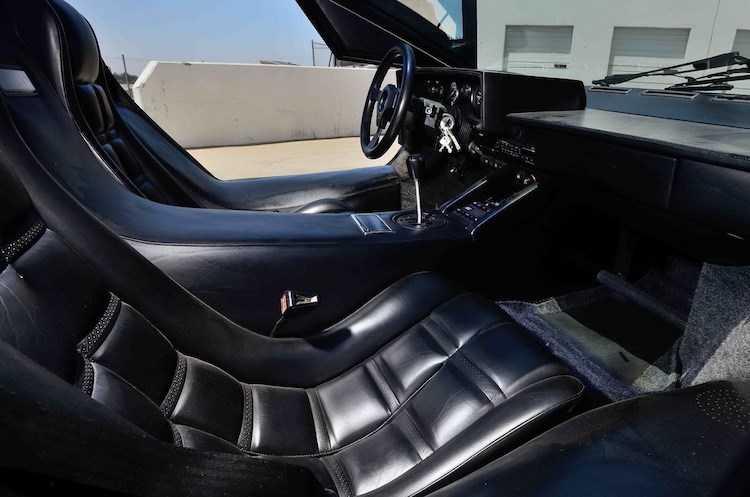 'Huyen thoai' Lamborghini Countach gia 9,47 ty dong co gi doc dao? hinh anh 5
