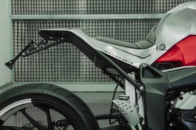 Xem BMW K1200S do kieu robot bien hinh hinh anh 4