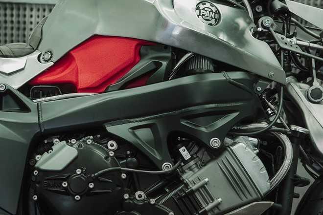 Xem BMW K1200S do kieu robot bien hinh hinh anh 6