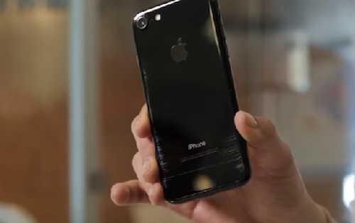 Dat do nhung iPhone 7 Jet Black de ban, de xuoc hinh anh 1
