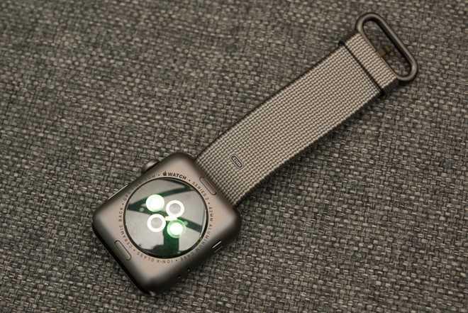 Apple Watch Series 2 ve Viet Nam gia 10 trieu dong hinh anh 2