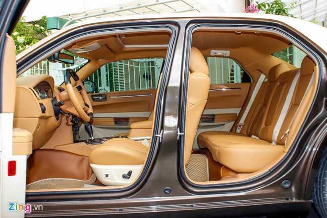 Tho Viet do Chrysler 300C thanh 'Rolls-Royce' het 200 trieu dong hinh anh 12