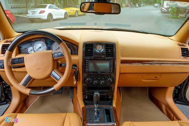 Tho Viet do Chrysler 300C thanh 'Rolls-Royce' het 200 trieu dong hinh anh 13