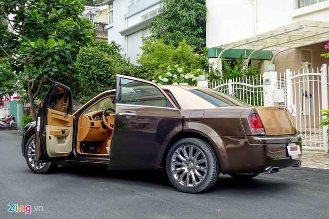 Tho Viet do Chrysler 300C thanh 'Rolls-Royce' het 200 trieu dong hinh anh 5