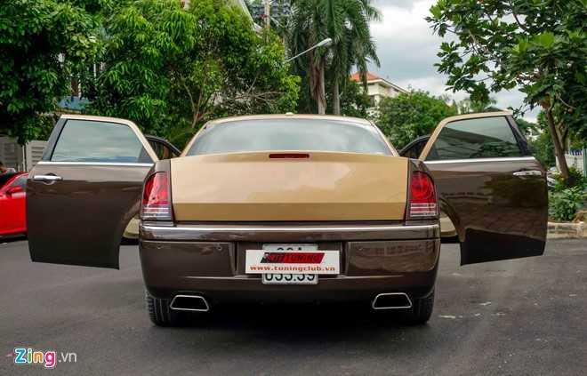 Tho Viet do Chrysler 300C thanh 'Rolls-Royce' het 200 trieu dong hinh anh 6