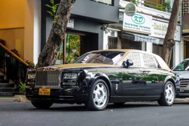 Rolls-Royce 60 ty cua dai gia Lao tren pho Viet hinh anh 1