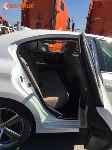 Lo dien sieu xe Lexus GS 200t gia 3,1 ty dong tai Ha Noi truoc ngay trien lam hinh anh 7