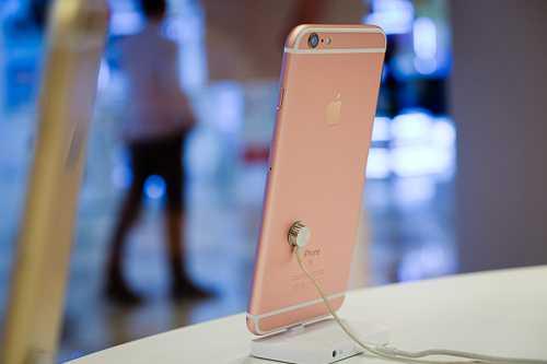 Tiep tuc giam sau, iPhone 6s mat hang trieu dong hinh anh 2
