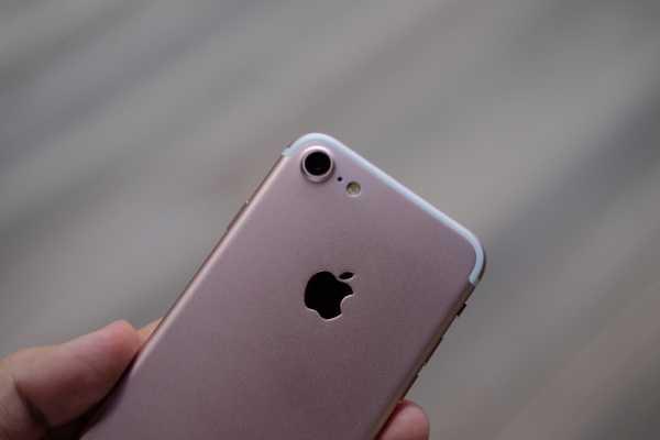 'iPhone 7' gia 2,5 trieu dong ban tran lan tai TP.HCM hinh anh 9