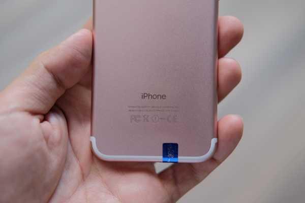 'iPhone 7' gia 2,5 trieu dong ban tran lan tai TP.HCM hinh anh 10