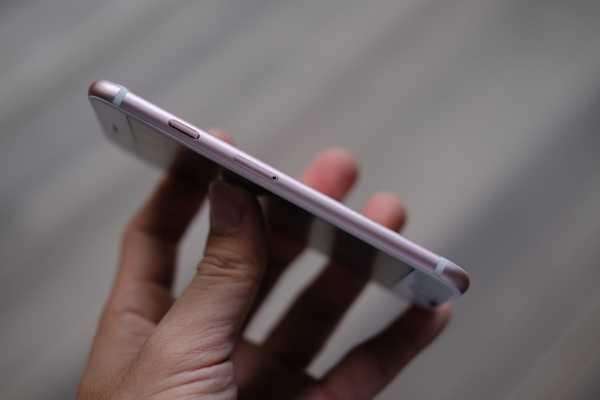 'iPhone 7' gia 2,5 trieu dong ban tran lan tai TP.HCM hinh anh 12