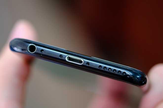 Bien iPhone 6 thanh iPhone 7 Jet Black voi 2 trieu dong hinh anh 4