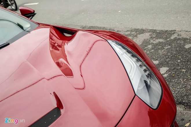 Bat ngo sieu xe Ferrari F12 ban do nhap Dubai ra bien so Sai Gon hinh anh 9
