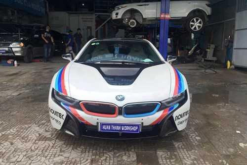 Dan choi Da Nang do tem dau cho sieu xe BMW i8 hinh anh 3