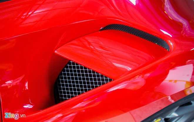 Sieu xe Ferrari 488 GTB tai Da Nang len goi do hang hieu hinh anh 6