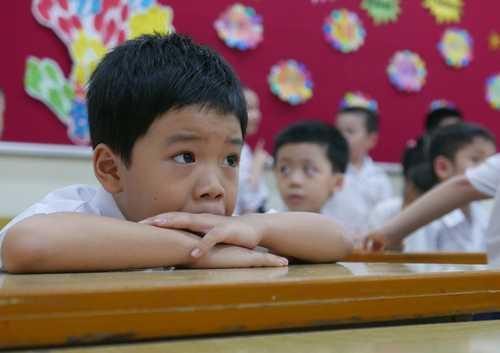 Hoc sinh Quang Ninh, Hai Phong, Lang Son duoc nghi hoc tranh sieu bao Sarika hinh anh 1