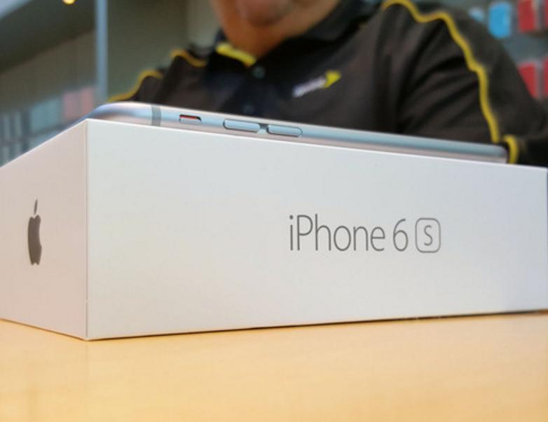 Nhieu iPhone 6, 6s gap hien tuong 'chet bat thinh linh' hinh anh 1