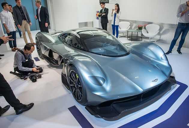Soi sieu xe dat nhat the gioi Aston Martin AM-RB 001 hinh anh 3