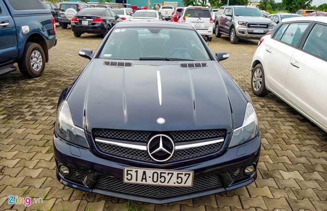 Ngam xe the thao hiem Mercedes SL63 AMG cua dai gia Sai Gon hinh anh 1