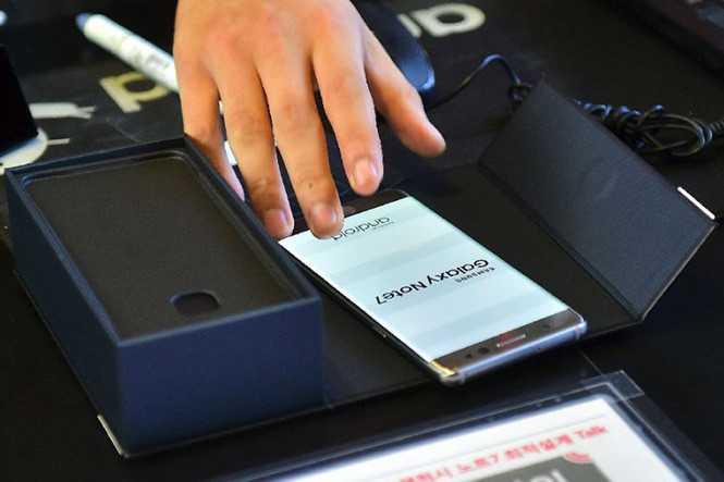 Tiep tuc thu hoi gan 500 smartphone Samsung Galaxy Note 7 hinh anh 1