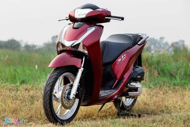 Ngam Honda SH 150i ABS 2017 mau do, gia 90 trieu dong vua ban o Viet Nam hinh anh 2