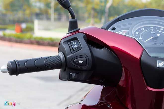 Ngam Honda SH 150i ABS 2017 mau do, gia 90 trieu dong vua ban o Viet Nam hinh anh 6