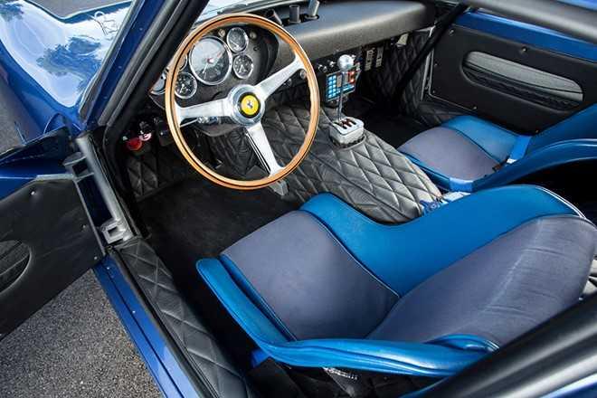Sieu xe Ferrari dat nhat hanh tinh gia 1.250 ty dong hinh anh 5