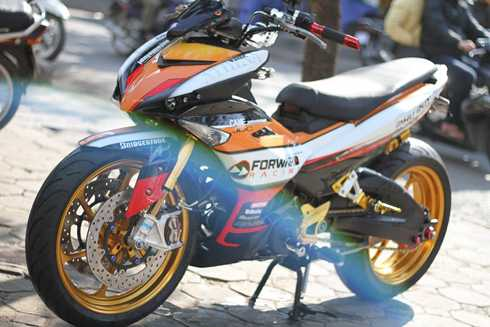 Yamaha Exciter 150 do do choi khung tai Ha Noi hinh anh 3