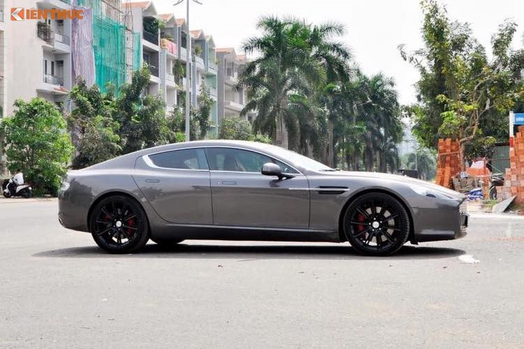 'Hang doc' Aston Martin Rapide hon 5 ty dong tai Viet Nam hinh anh 3
