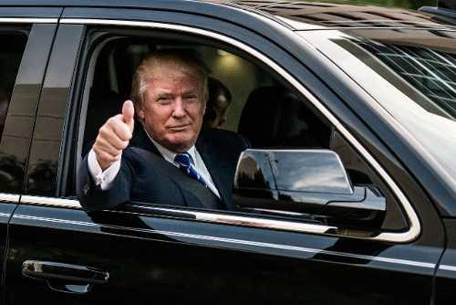 Tan Tong thong My Donald Trump se di xe gi trong le nham chuc? hinh anh 1