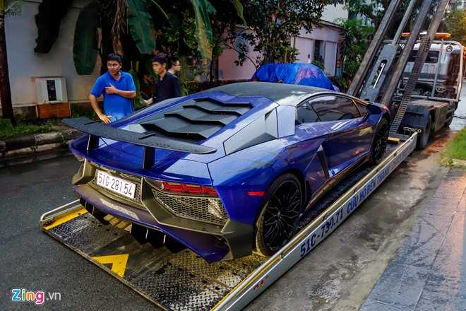 Sieu xe Lamborghini Aventador LP750 SV 35 ty cua Minh Nhua ra bien trang hinh anh 4