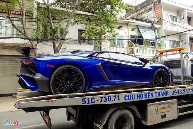 Sieu xe Lamborghini Aventador LP750 SV 35 ty cua Minh Nhua ra bien trang hinh anh 1