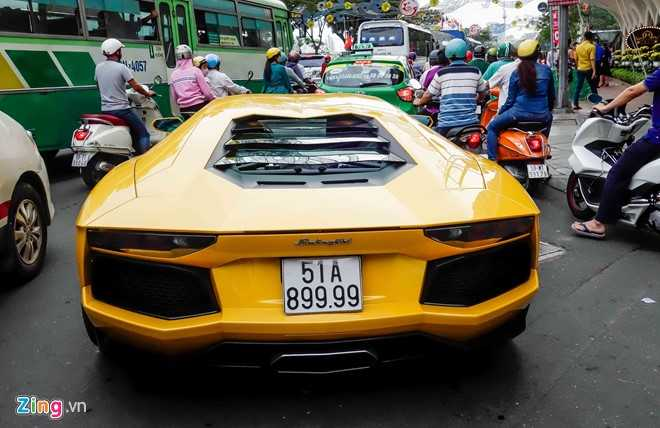 Cuong Do La va dan dai gia Sai Gon choi Tet bang Lamborghini hinh anh 11