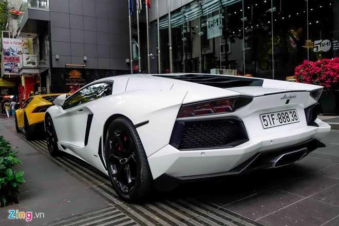 Cuong Do La va dan dai gia Sai Gon choi Tet bang Lamborghini hinh anh 7