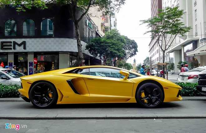 Cuong Do La va dan dai gia Sai Gon choi Tet bang Lamborghini hinh anh 9