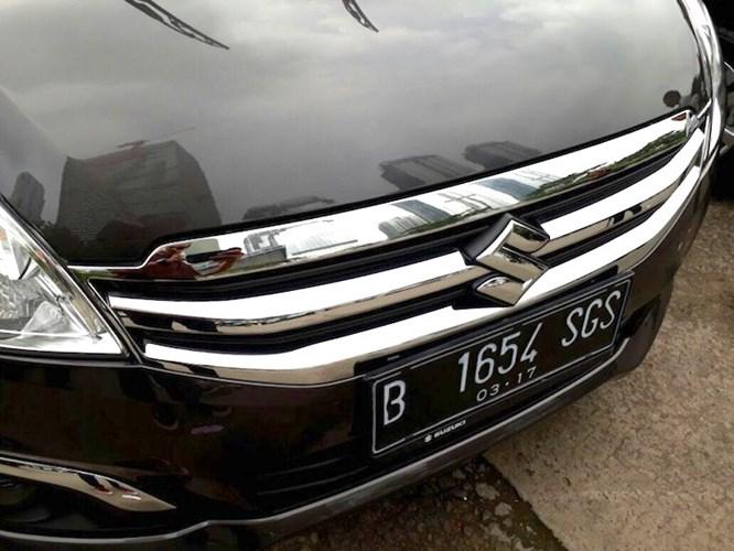 MPV 7 cho Suzuki Ertiga Diesel Hybrid gia sieu re chi 373 trieu dong hinh anh 2