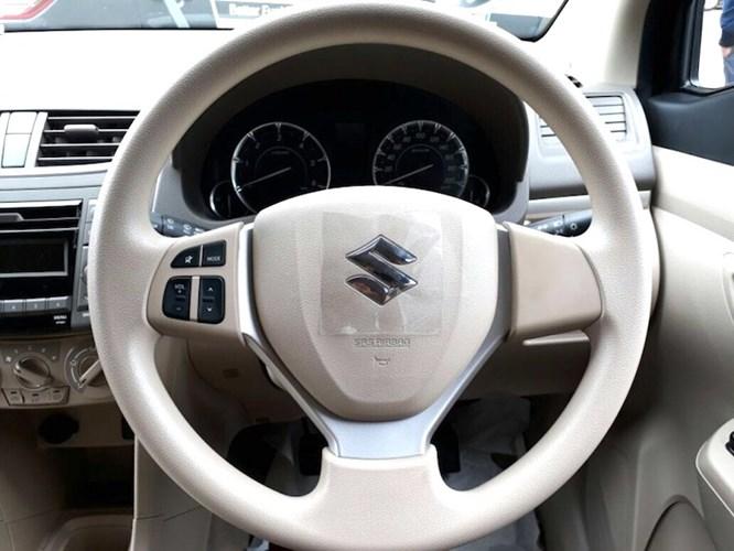 MPV 7 cho Suzuki Ertiga Diesel Hybrid gia sieu re chi 373 trieu dong hinh anh 4