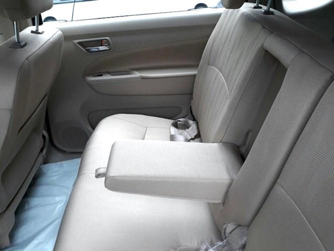 MPV 7 cho Suzuki Ertiga Diesel Hybrid gia sieu re chi 373 trieu dong hinh anh 6