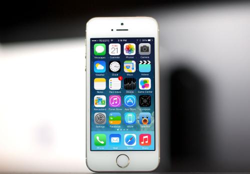 iPhone 5s xach tay giam gia manh, xuong duoi muc 3 trieu dong hinh anh 1