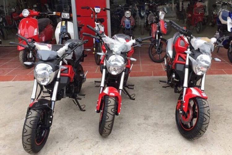 Dan choi Sai Gon 'khoc thet' voi Ducati Monster 110 rom gia 30 trieu dong hinh anh 1