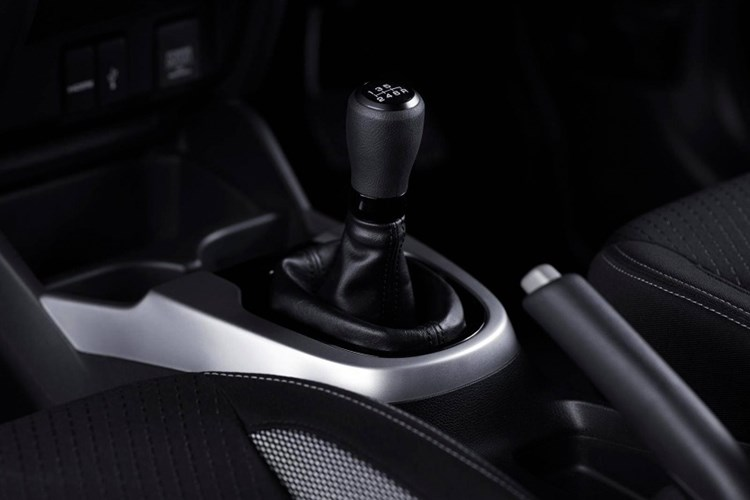 Honda WR-V 'chot gia' chi tu 270 trieu dong hinh anh 9