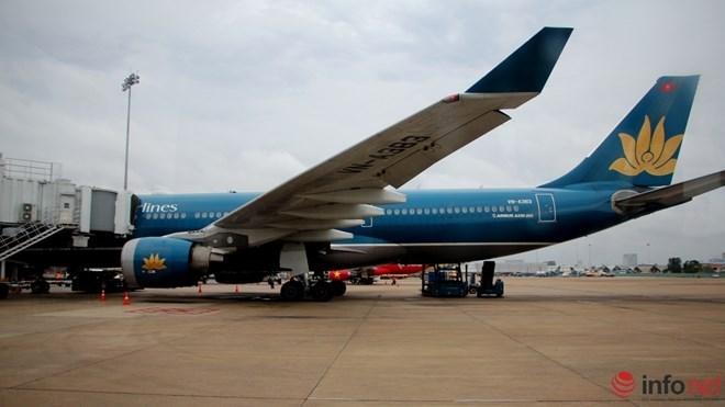 Vietnam Airlines bat ngo bao lo gan 444 ty dong hinh anh 1