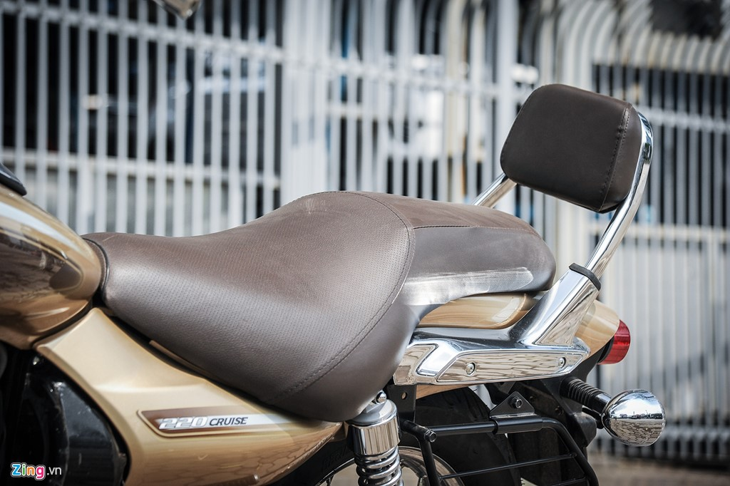 Moto duong truong 220 phan khoi gia hon 60 trieu dong hinh anh 7