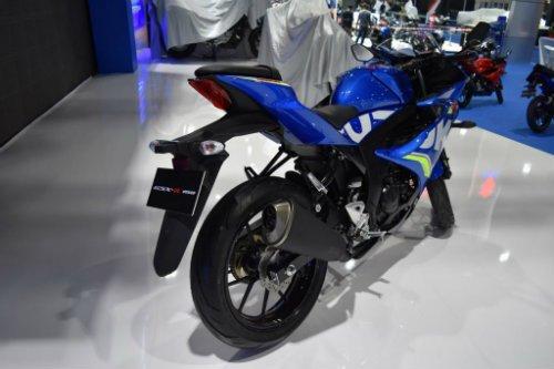 Suzuki GSX-R150 gia 56 trieu dong sap ve Viet Nam? hinh anh 2