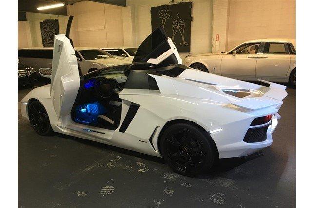 'Sieu xe' Lamborghini Aventador gia 55.000 USD hinh anh 2