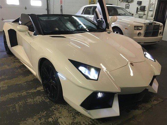 'Sieu xe' Lamborghini Aventador gia 55.000 USD hinh anh 1