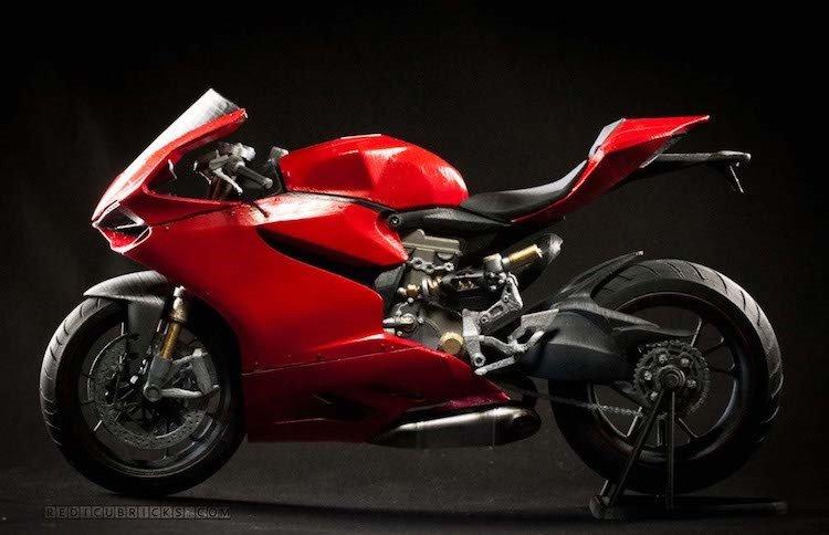 Giat minh 'sieu moto' Ducati 1199 Panigale gia 30 trieu dong hinh anh 7