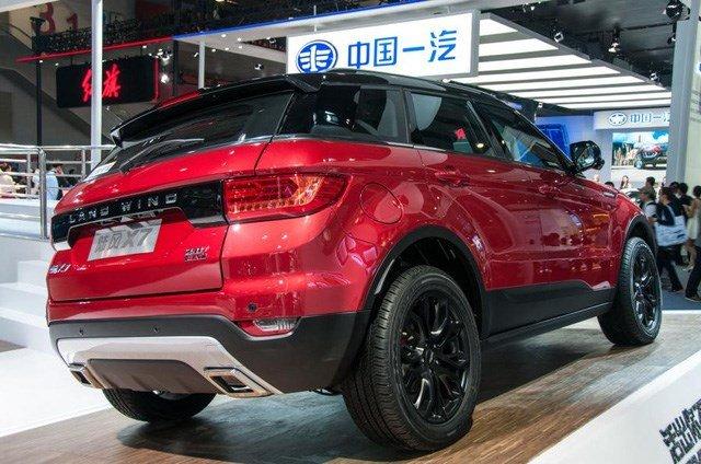Gia re bat ngo chi 420 trieu dong, 'Range Rover Evoque' chay hang hinh anh 12